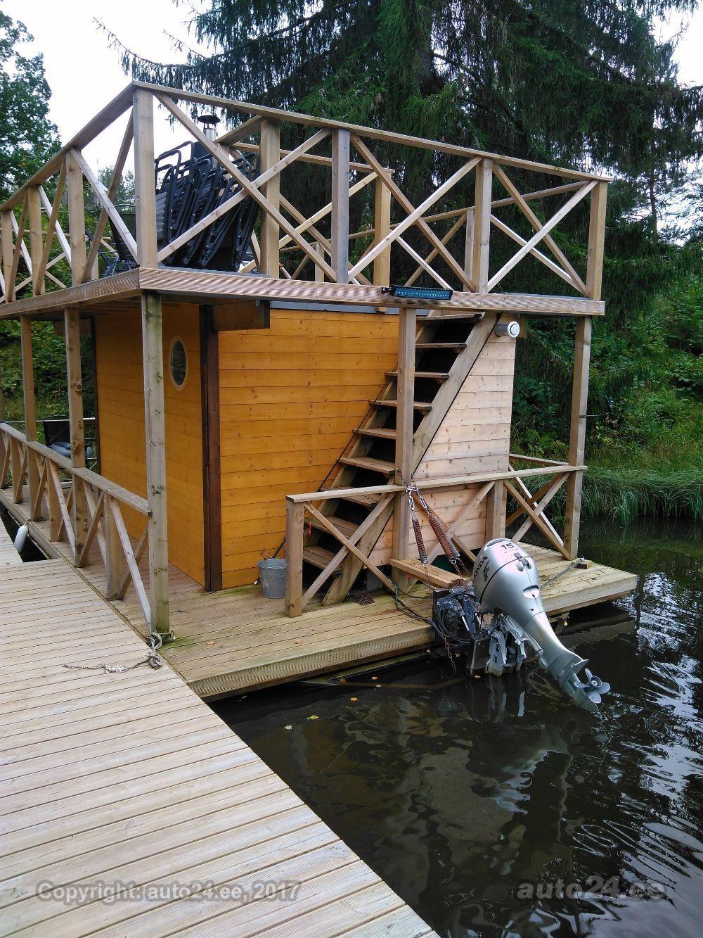 Ujuvpontoonidel saun
